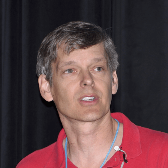 クリス・ロジャーズ博士の顔写真